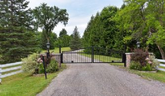 Deerhaven Country Homes and Luxury Real Estate for sale near Toronto in Caledon and King City